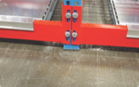 Adjustable endplates for gravity pallet and carton flow warehouse storage systems