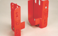 Reel holders to storing and dispensing spooled products